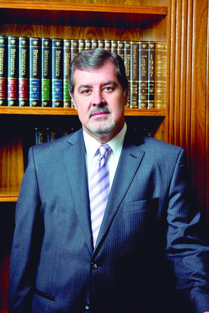 Alberto Acosta Garbarino, presidente de Banco Familiar.