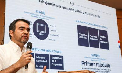 Óscar Llamosas, viceministro de Administración Financiera. Foto: IP