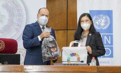 El senador Óscar Salomón llamo a fortalecer las instituciones. Foto: Senado