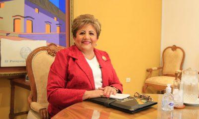 María Elena Wapenka, bodas de plata en la Justicia Electoral paraguaya. Foto: Gentileza