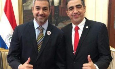 Soria en compañía del presidente de la República. Foto:Gentileza
