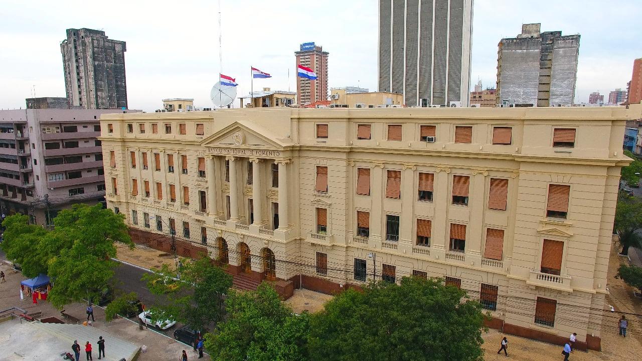 Banco Nacional de Fomento resportó crecimiento. Foto: Sitio web BNF.