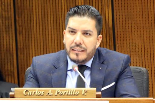 Portillo es acusado junto a la abogada Lucía Escobar tras una denuncia por solicitar una coima de US$ 3.000. Foto: HCD