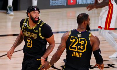 LeBron James y Anthony Davis fueron las figuras en una victoria que coloca a Los Angeles Lakers rumbo a un nuevo anillo. Foto: nba.com.