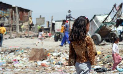 Se proyecta que la pobreza aumente significativamente, lo cual exacerbará la desigualdad del ingreso. Foto: FMI