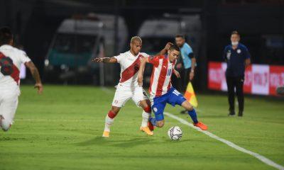 La Albirroja dejó escapar dos puntos ante Perú, equipo que aprovechó los errores defensivos de Paraguay para conseguir el empate. Foto: @Albirroja.