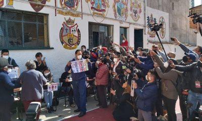 Economista de 57 años, Arce estudió en la estatal Universidad Mayor de San Andrés en La Paz e hizo una maestría en la universidad británica de Warwick. Foto: Infobae.