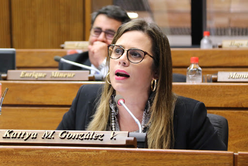 La diputada Kattya González.