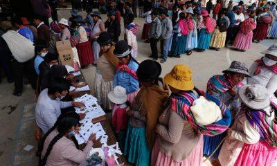 Los poso votos contados dejan en abierto definición del segundo turno en Bolivia. Foto: Infobae