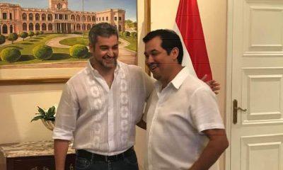 Senador colorado con marito. Foto Gentileza