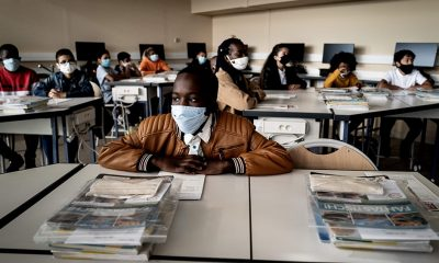 A pesar de que hay masivos contagios continúan las clases en las escuelas. Foto: Télam