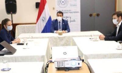 El ministro de Hacienda se reunió con representantes de la Asepy. Foto: Hacienda