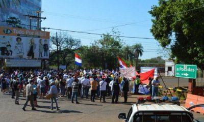 Una de las tantas protestas del último mes en Encarnación por la apertura del puente con Posadas. Foto: Archivo.