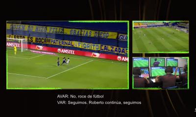 A los 30 minutos del segundo tiempo, el defensor Carlos Izquierdoz cruzó al delantero Marinho, quien cayó dentro del área de Boca Juniors. Foto: Captura.