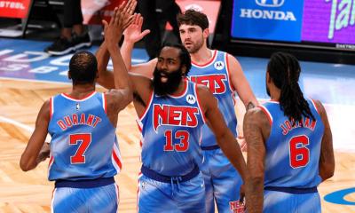 James Harden (32 puntos) y Kevin Durant se reencontraron este sábado en la victoria por 122-115 de Brooklyn Nets ante Orlando Magic. Foto: nba.com.