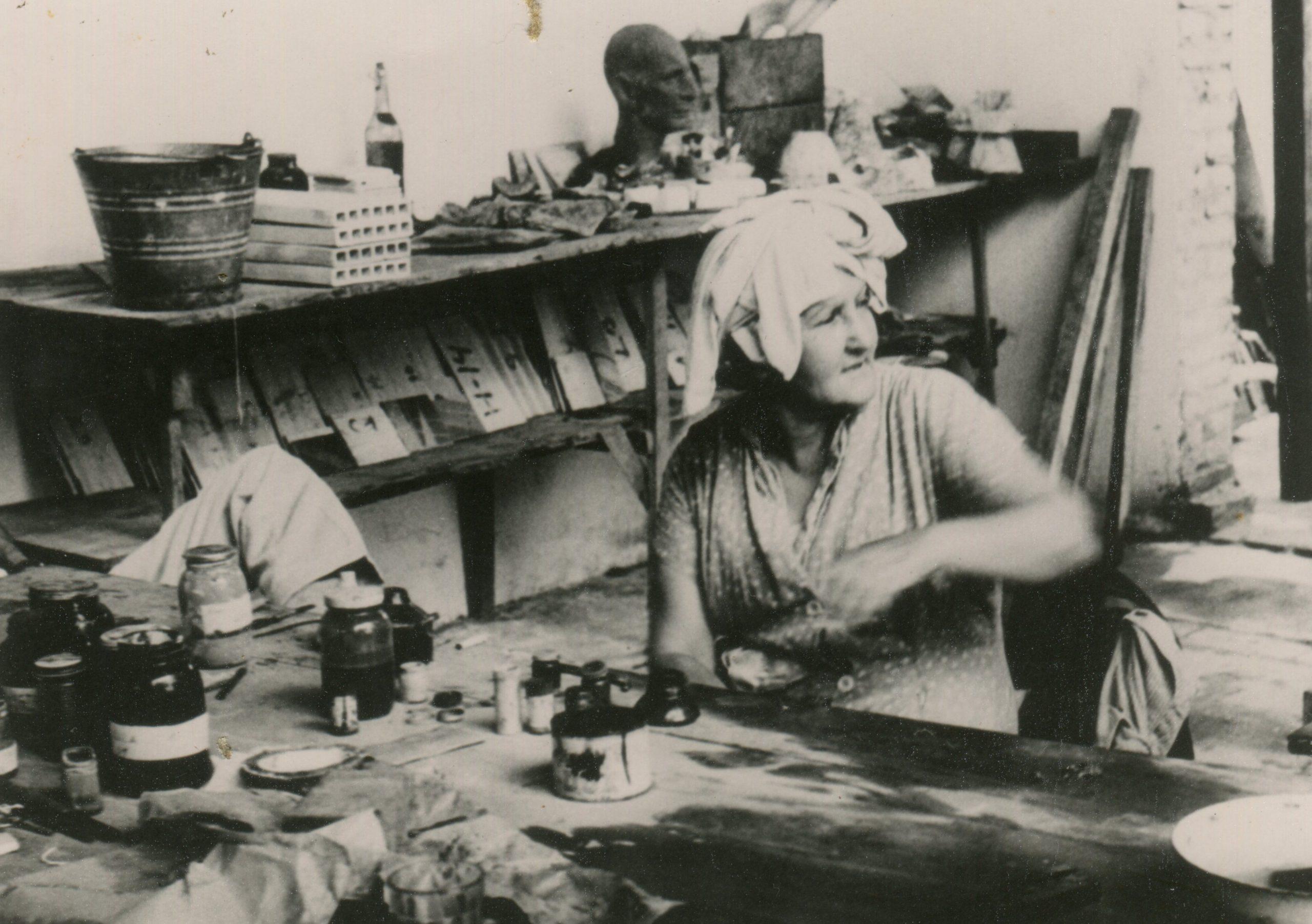 Josefina en su taller (Gentileza CCEJS)