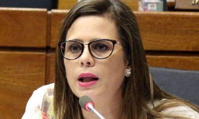 La diputada Kattya González visitó este viernes a Efraín Alegre, preso en la Agrupación Especializada. Foto: Archivo