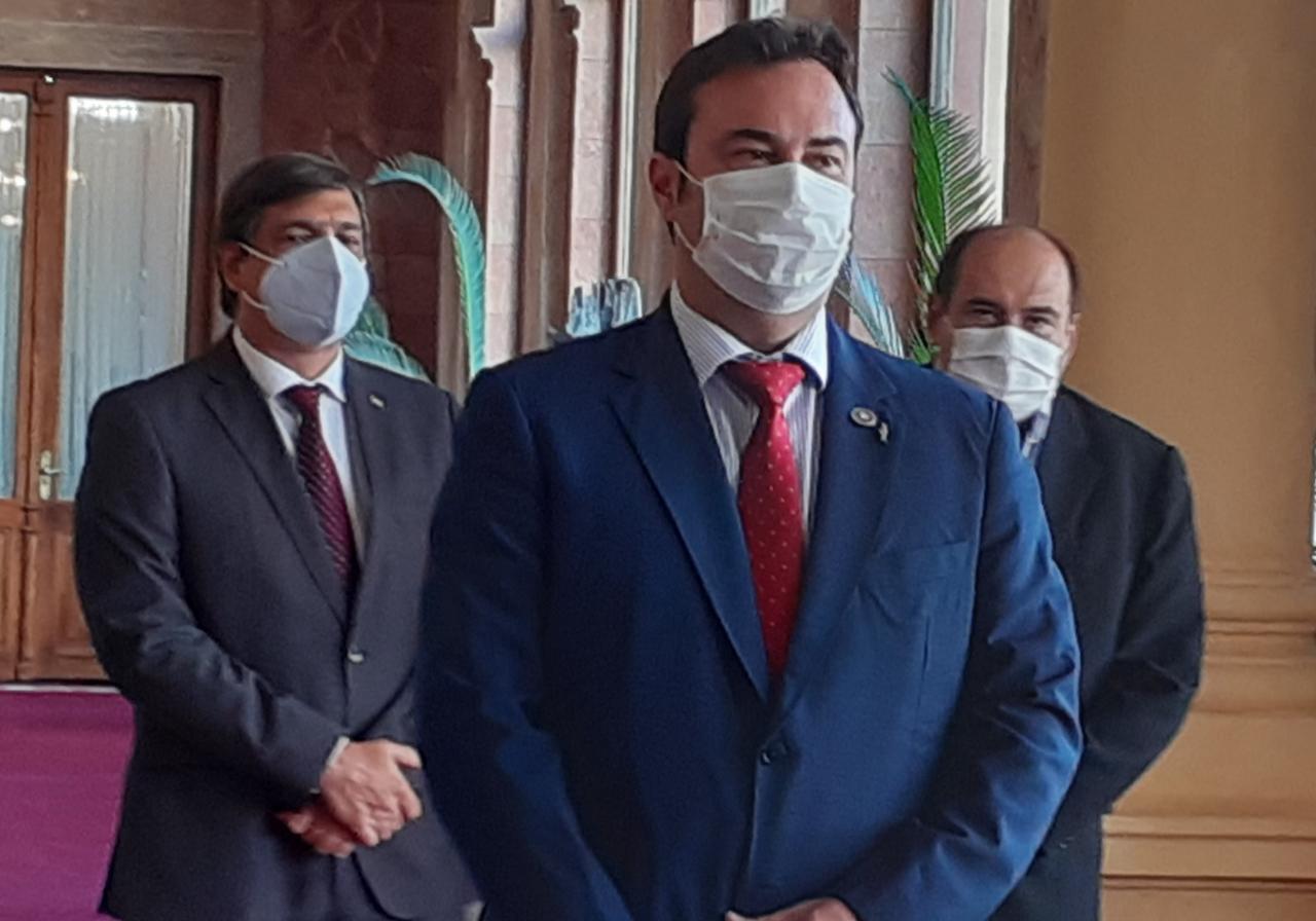 Se fue Andrés Gubetich, muy salpicado por escándalos en el IPS. Foto: Twitter