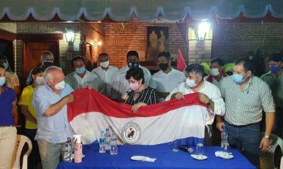 La esposa de Efraín Alegre durante un encuentro con simpatizantes liberales. Foto: Gentileza.