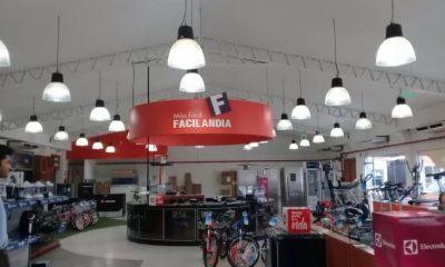 Empleadas denuncian a Facilandia por falta de pago de sueldos, despidos arbitrarios y venta de pagarés de sus clientes. Foto: Archivo