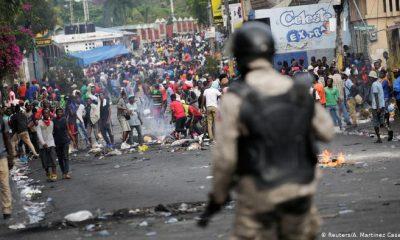 Miles de personas protestan en Haití contra el gobierno de Jovenal Moïse. Foto: DW