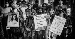 Diversas manifestaciones por las niñas fallecidas en Yby Yaú se vienen realizando desde el año pasado en Argentina. Foto: Marcos Otaño