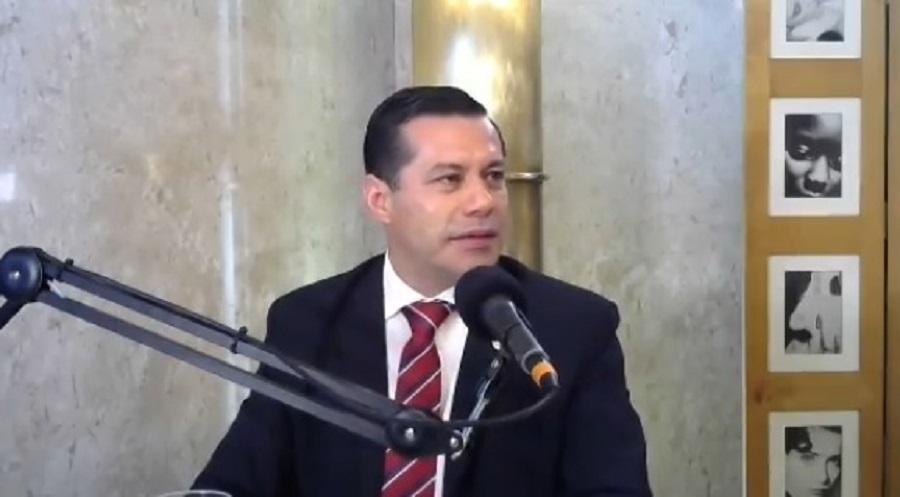 Ingeniero Félix Sosa, presidente de la ANDE, en el programa de Bruno Masi. Foto: Captura de pantalla