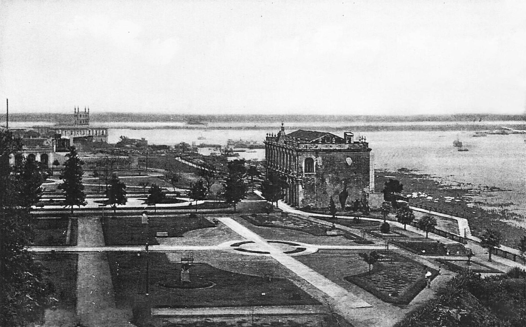 Jardines del ensanche de plaza constitución ca 1930