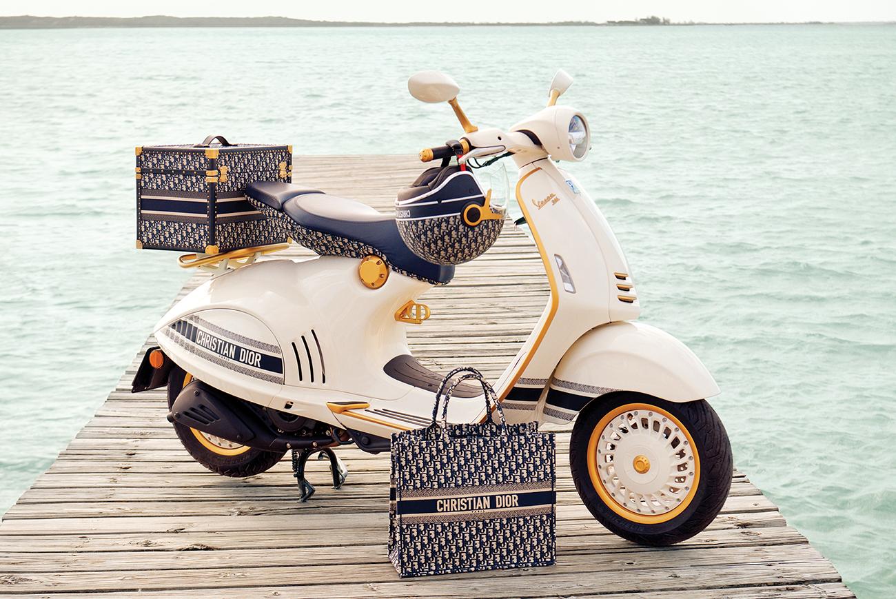 Vespa y Dior, iniciado una colaboración que dará mucho que hablar. Foto: Internet.
