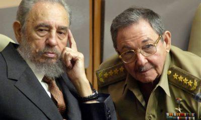 Fidel y Raúl Castro. Foto: El País.