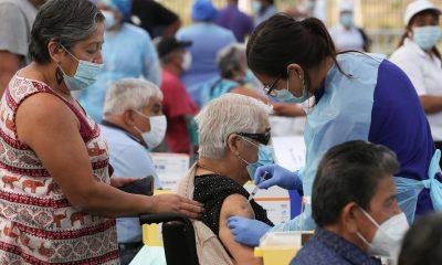 Chile es el país de la región que vacunó a gran parte de su población contra el Covid-19. Foto: france24.com