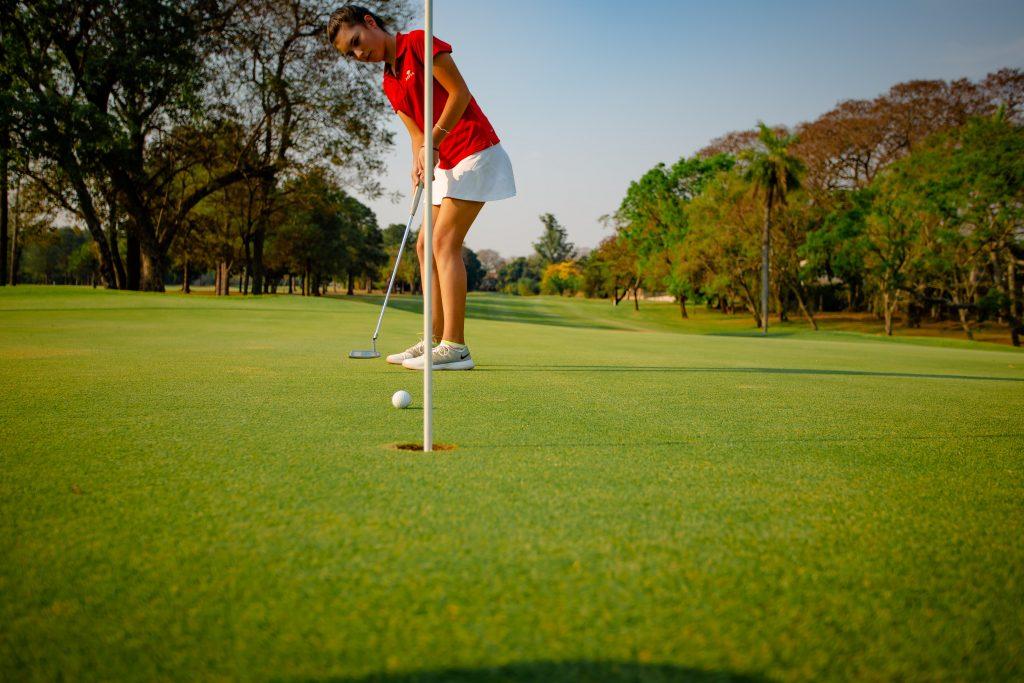 El campo de golf, disponible con un cargo adicional. Foto: La piscina de Veranda, lista para ser disfrutada. Foto: Destino Yacht, estadía completa, ofrece el lujo de tener espacio. Foto: Gentileza Resort Yacht y Golf Club Paraguayo