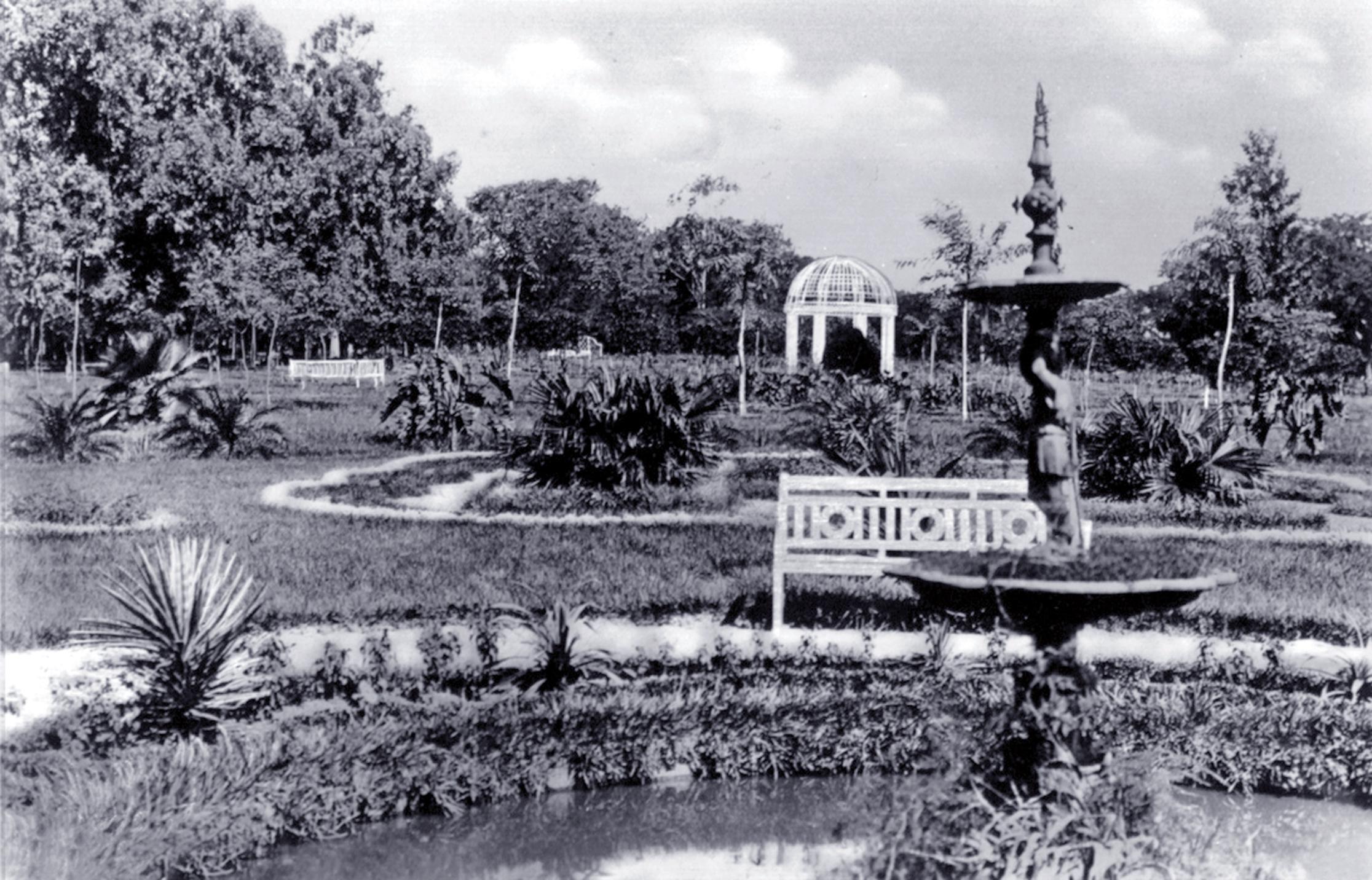 Jardín Kamba'i, ca. 1920. Colección Müller