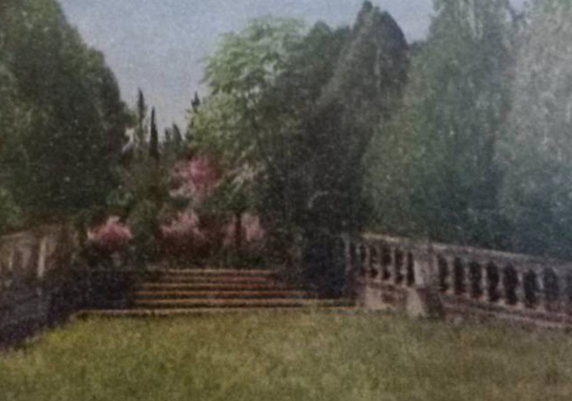 Escalinata de la plazoleta oval, ca. 1949. Cortesía