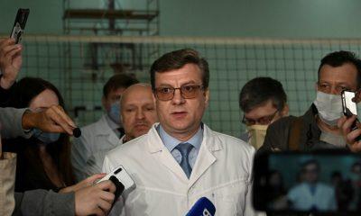 Alexander Murakhovsky, médico jefe del hospital siberiano donde fue atendido Alexei Navalny, desapareció. (REUTERS/Alexey Malgavko)