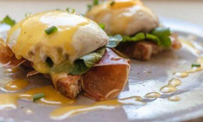 Huevos benedictinos de El Cafetero. Foto: Gentileza.
