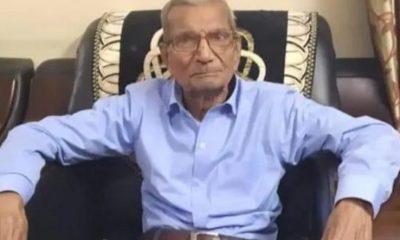 Hombre de 85 años optó voluntariamente a ser dado de alta ante la falta de espacios en los hospitales. Foto: captura.