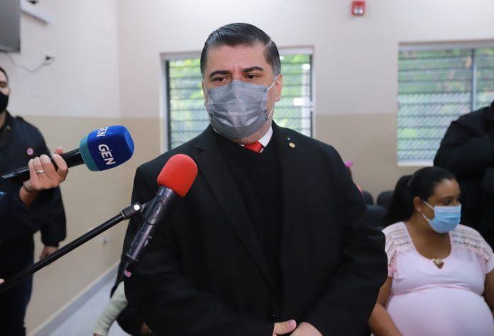 Ministro de Salud, Julio Borba. Foto: IP.