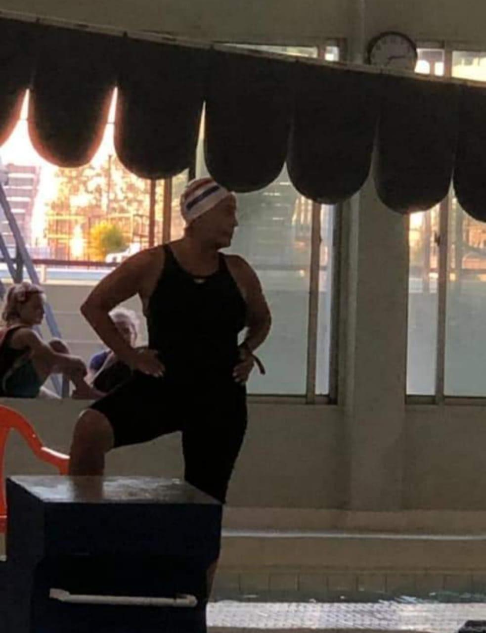 Gilda es nadadora máster y compite internacionalmente. Foto: Gentileza.