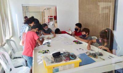 """Equipo de niños, niñas y jóvenes de 9 a 14 años denominado """"Team Ñande Bot"""". Foto: Gentileza."""