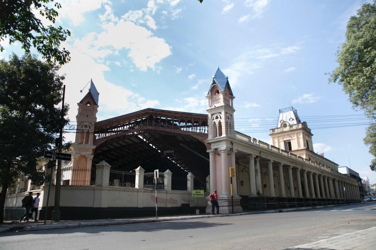 Estación Central del Ferrocarril, 2021 © Laura Mandelik
