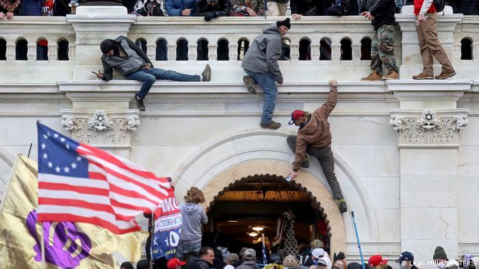 Ataque al Capitolio. Foto: DW.