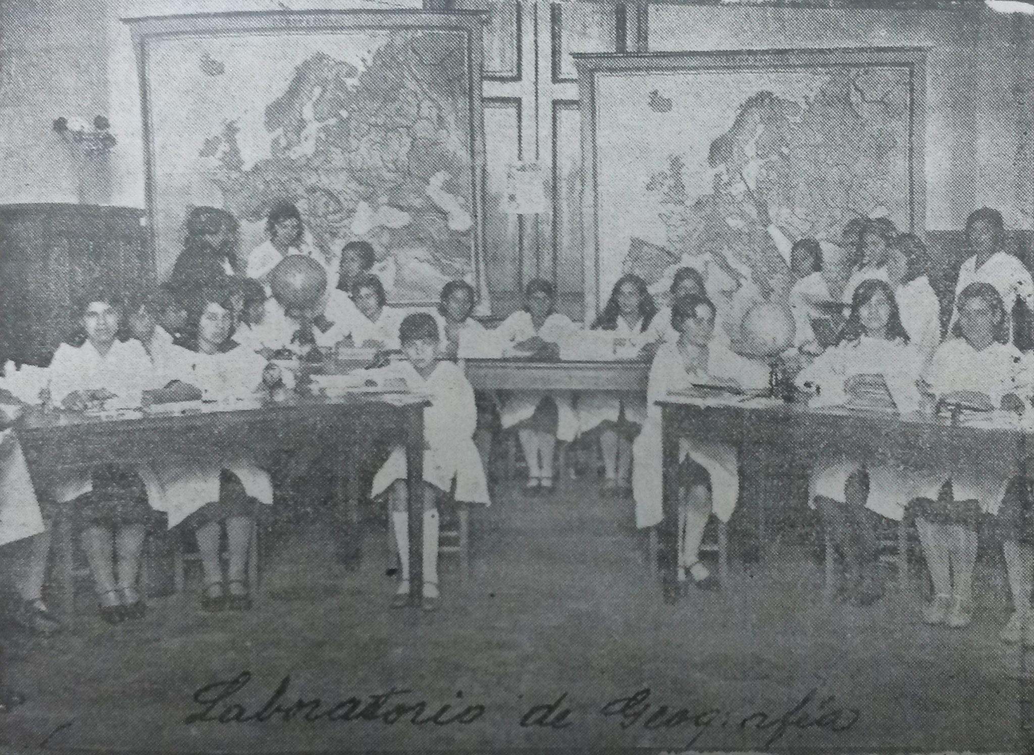 Laboratorio de Geografía en la Escuela Brasil, 1930. Cortesía