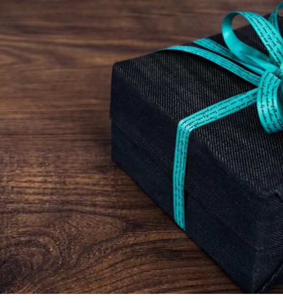 El regalo perfecto es el cariño, pero si querés tener un lindo gesto, aquí dejamos sugerencias para papás de todo tipo. Foto: Licencia libre Dominio Públicohttps://pxhere.com/