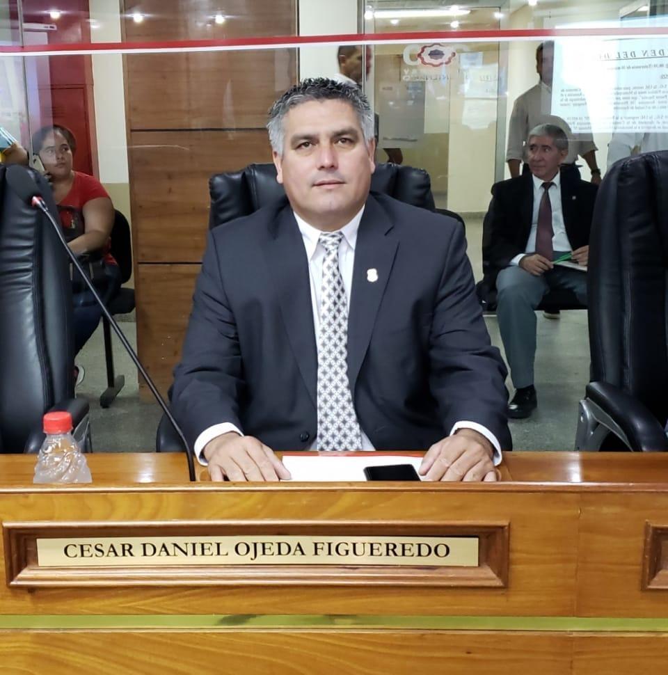 César Ojeda, el nuevo intendente. (Foto Delpinews)