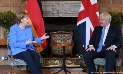 Angela Merkel y Boris Jonhson. Foto: DW.