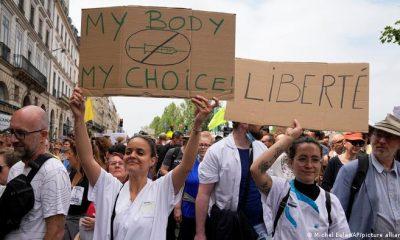Las protestas con la vacunación obligatoria y las reglas para no vacunados se multiplican en Europa. Foto: Picture Aliance.
