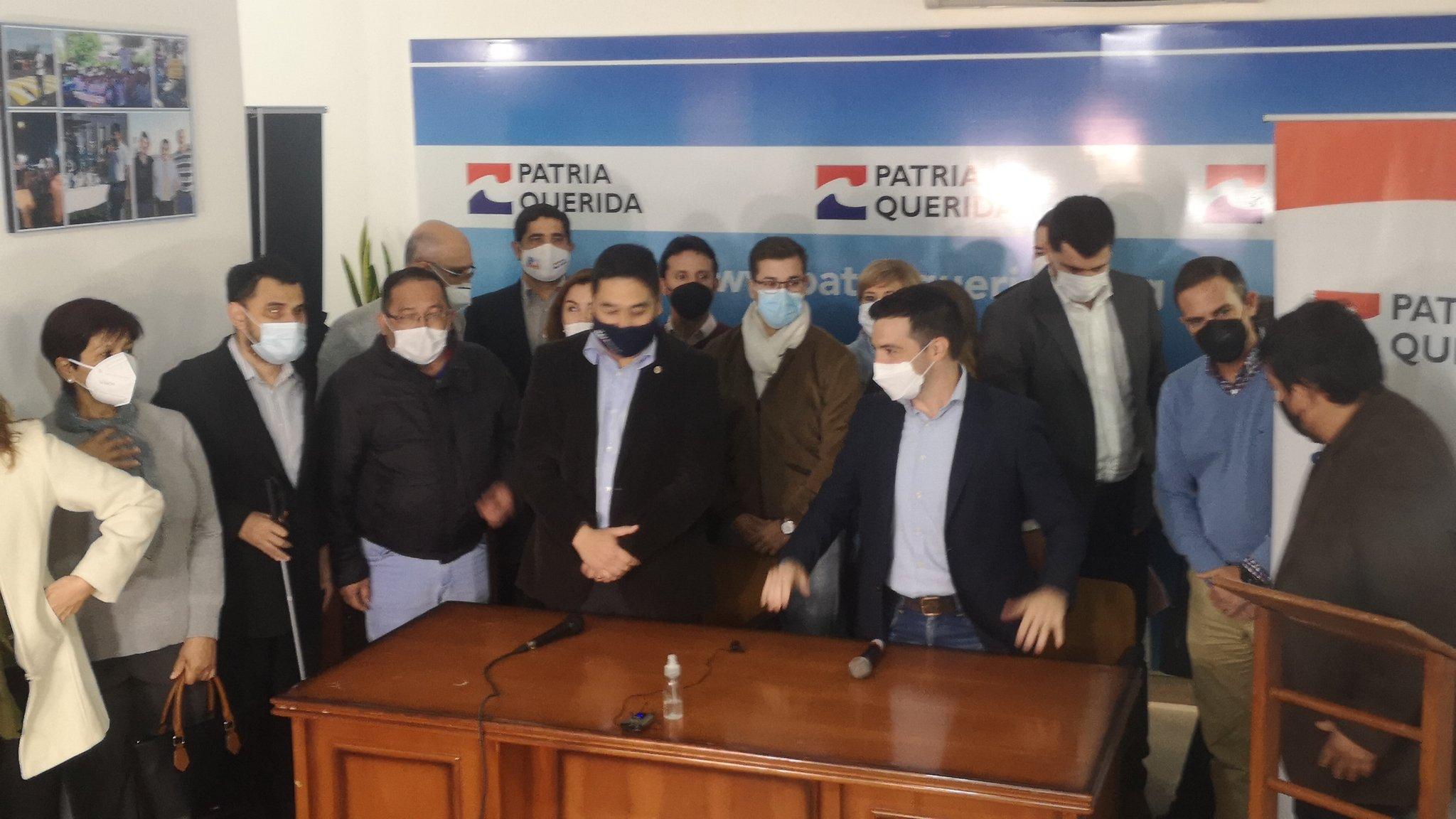 Durante la conferencia de prensa, donde dan a conocer el resultado. (Foto GEN)