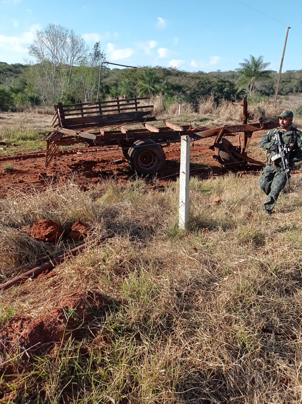 Militares en la zona donde ocurrió el ataque. (Gentileza)
