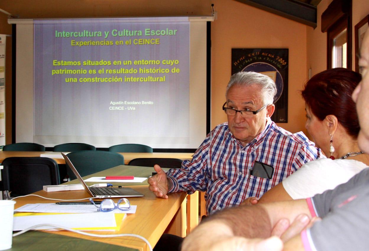 Agustín Escolano Benito en el Centro Internacional de la Cultura Escolar (CEINCE). Cortesía